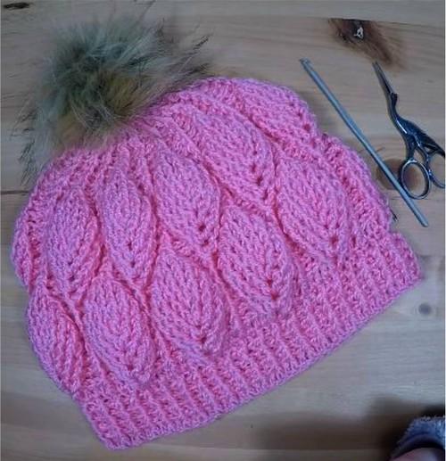 Gorro hojas en relieve tejido a crochet - Manualidades Y ...